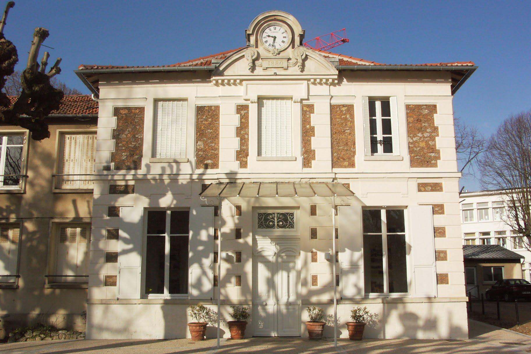 Vie de l association maison de banlieue et de l 39 architecture for Association maison